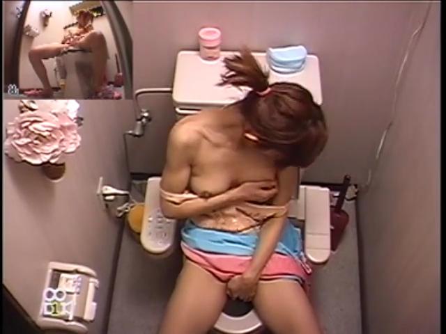【巨乳アダルト動画】その胸の膨らみはエロスの塊!柔らかく揺れる巨乳にゾッコンラブ!