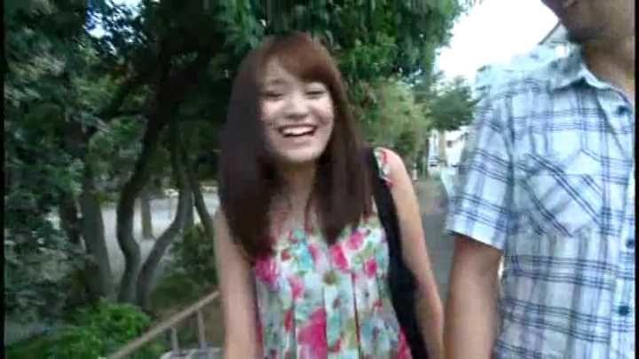 【エロ動画】電マオナニーで感じまくるロリ女子高生とのプチ
